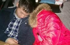 Trung Quốc: Kẹt xe 20 giờ, cô dâu ngất xỉu vì đói