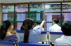 """Thời chứng khoán """"điên đảo"""" vì quỹ ETF đang trở lại"""