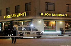 Nổ súng chấn động Phần Lan, 3 người chết