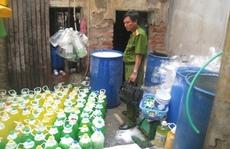 Cẩn trọng với nước rửa chén giá rẻ