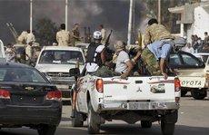 Libya: Xung đột đẫm máu vì khỉ tấn công nữ sinh