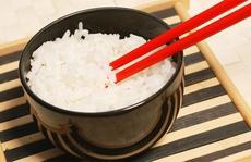 Lý do bạn nên ăn cơm hàng ngày