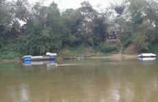 Thi thể nam thanh niên bị trói chân tay nổi trên sông
