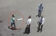 Cãi nhau vì 4.000 đồng, 'bà trùm' cùng đàn em vác dao truy sát