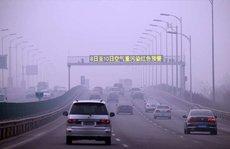 Khói độc 'xâm chiếm', Bắc Kinh tung lệnh cấm xe chẵn lẻ