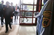 Đức bắt nhân viên tình báo 'khoe' tin mật trên mạng