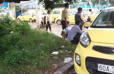 Hàng trăm tài xế taxi ở Phú Quốc bỏ xe, ngừng tài
