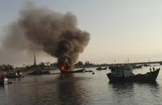 Tàu cá nổ bình gas, thuyền trưởng tử vong khi chuyển về bờ