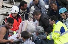 Ý gặp khó trong cứu hộ động đất