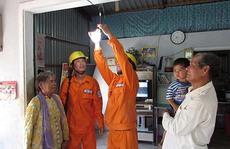 Mang điện về cho đồng bào Khmer
