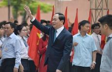 Chủ tịch nước, Thủ tướng chung vui với học sinh cả nước