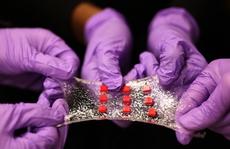Con người đã có thể được cấy ghép nửa người nửa máy?