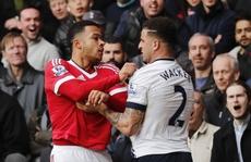 M.U 'dâng' 3 điểm cho Tottenham bám đuổi Leicester