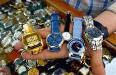 Phát hiện hàng ngàn đồng hồ giả nhãn hiệu nổi tiếng