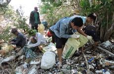 Nhiều bãi biển ở Côn Đảo ngập trong rác