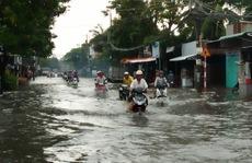 Dân Rạch Giá khốn đốn vì mưa dầm