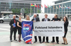 Máu loang ở quần đảo Falkland