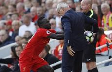 Trào lưu 'nhặt bóng không trả': Guardiola gọi, Ranieri trả lời
