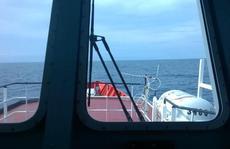 Trục vớt vật nghi hộp đen CASA-212 ở độ sâu 60 m
