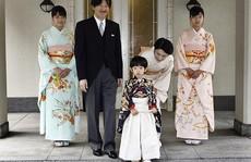 Hoàng gia Nhật Bản đau đầu vì chuyện kế vị
