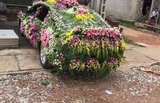 Xe hoa gây sốc mùa cưới