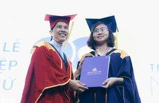 Trường ĐH Hoa Sen trao bằng tốt nghiệp  đợt 2 cho 672 sinh viên