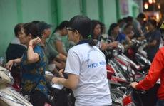 """""""Con dao vô hình"""" của cha mẹ Việt"""