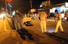 Va chạm xe máy trong đêm, 3 người nguy kịch