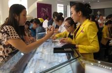 Giá vàng bất ngờ tăng gần 300.000 đồng/lượng