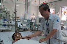 Cứu bé gái bị tai nạn giao thông, 3 lần ngưng tim