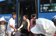 Vụ sập cầu Ghềnh: Khẩn trương trung chuyển khách đi tàu