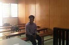 Làm nhục 2 nữ đồng nghiệp, thầy giáo vào tù
