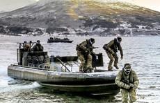 Những bức ảnh ấn tượng về Hải quân Anh