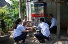 Kienlongbank tặng 120 bình chứa Inox tại ĐBSCL