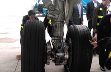 Lên độ cao 8.850 m, tổ bay A321 thông báo sự cố về lốp