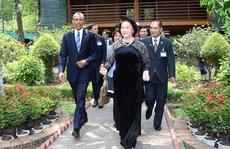 Chủ tịch QH Nguyễn Thị Kim Ngân 'bật mí' về thói quen mặc áo dài