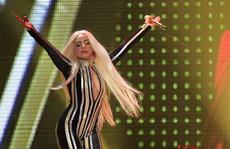 """Album mới của Lady Gaga """"hút khách"""""""