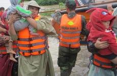 Bình Định: Nước lũ lên nhanh ngập nặng, người dân nghi do vỡ hồ