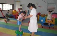 Trẻ co cứng cơ: Trị sớm, có hy vọng