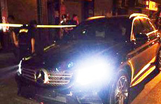 Tài xế xe Mercedes không BKS rồ ga bỏ chạy khi gặp 'khắc tinh'