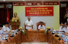 Thủ tướng Nguyễn Xuân Phúc: Không chuyển rừng nghèo sang trồng cây công nghiệp