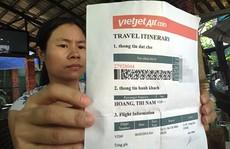 Khốn đốn vì vé máy bay giả
