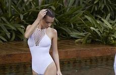 Người đẹp Emily Ratajkowski cuốn hút với đồ tắm
