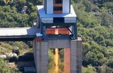 Bí ẩn động cơ tên lửa 'khủng' của Triều Tiên