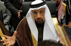 OPEC lùi để tiến