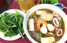 Ngon ngọt bún cá hồi 'đồn thổi' ở Phan Thiết