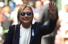 Nghi vấn bà Clinton bị đầu độc