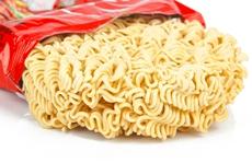 Người Việt càng giàu càng thích mì ăn liền