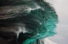 Tuyệt đẹp với những ngọn sóng biển giống hệt như núi