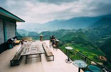 Những quán cà phê bồng bềnh giữa biển mây